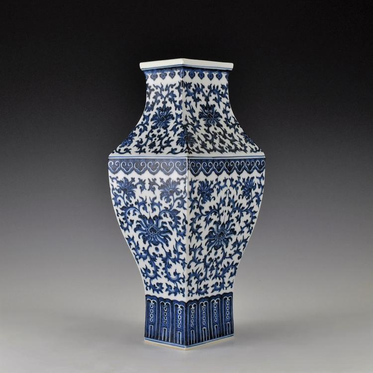 BLUE AND WHITE FLORAL CHINESE SQUARE VASE