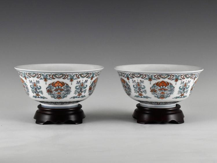 PAIR OF DOUCAI FU BAT WITH CHIME MOTIF PORCELAIN BOWLS ON STAND