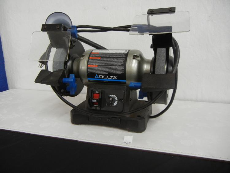 Delta Bench Grinder With Light
