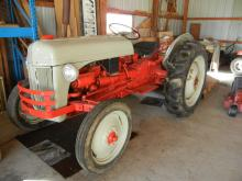 1952 Ford 8 N Tractor,  Electronic Egnition, No Points -  New Battery, Good Rubber