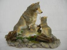 Mother Wolf with 3 Cubs Figures