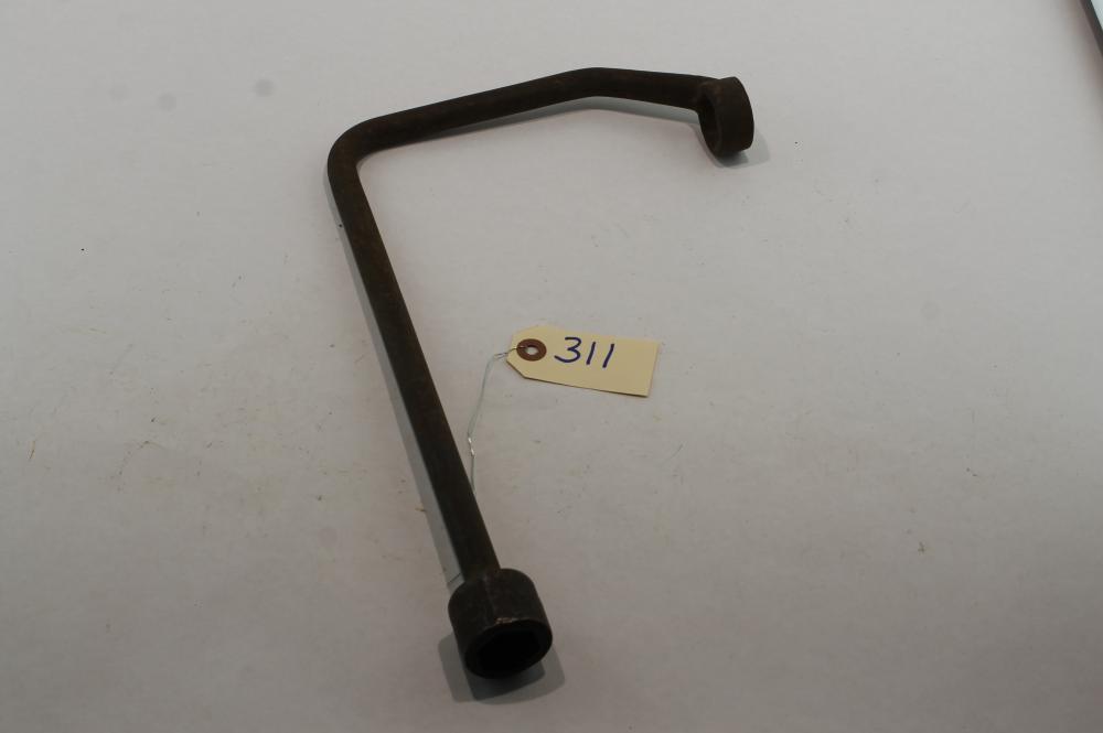 Deere Flat Flywheel Wrench