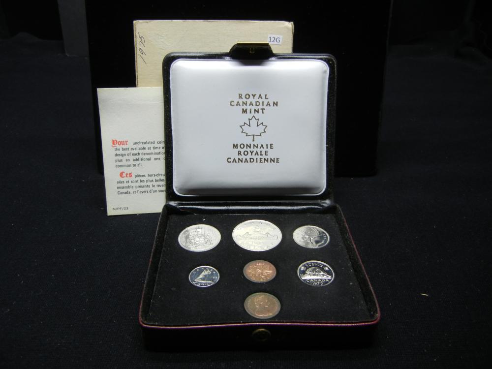 1975 Canada Mint Set with 2 Pennies.  Original Box.
