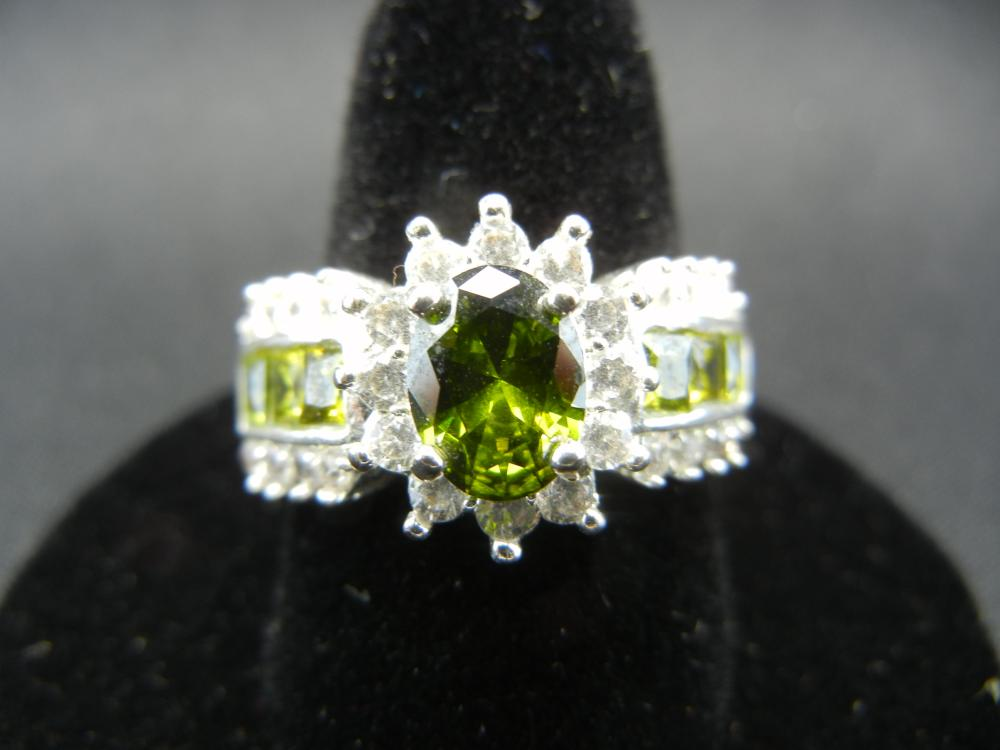 Sterling Silver Ring.  Size 7 3/4.