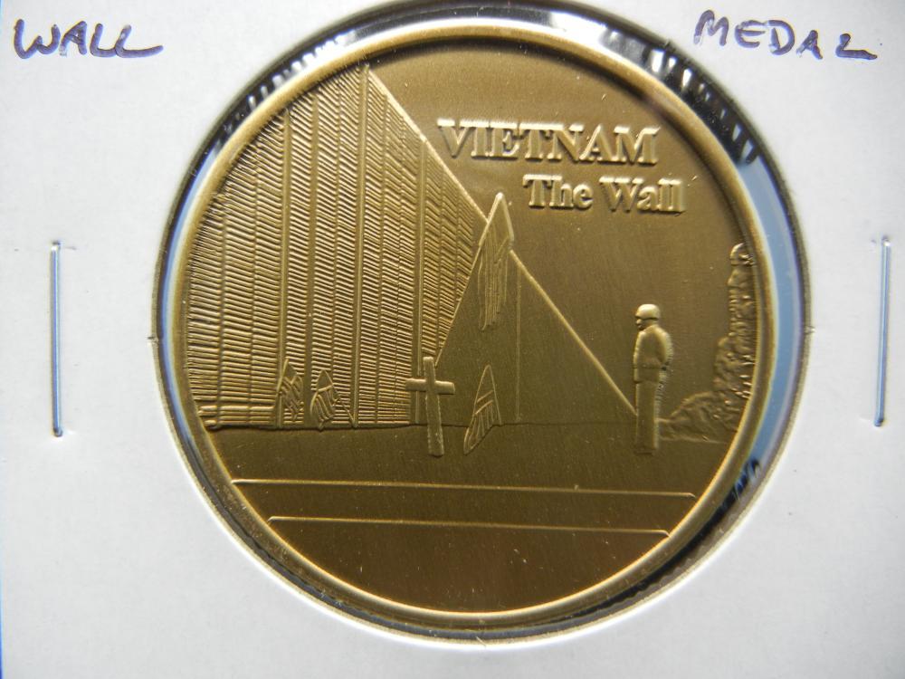 Vietnam The Wall USA Veteran Medal.