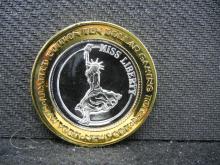 New York, New York Las Vegas $10 Gaming Token. 999 silver center. Proof.