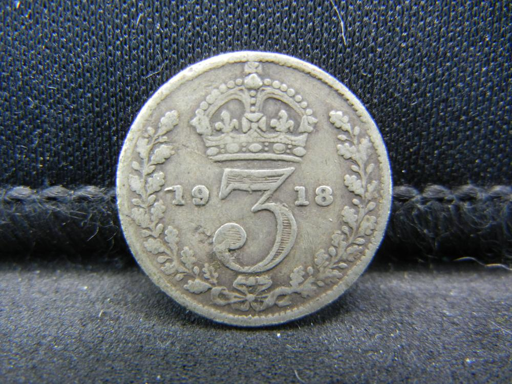 1918 Great Britain 3 Pence 92.5% Sterling Silver Coin.  Weighs 0.05 Toz.