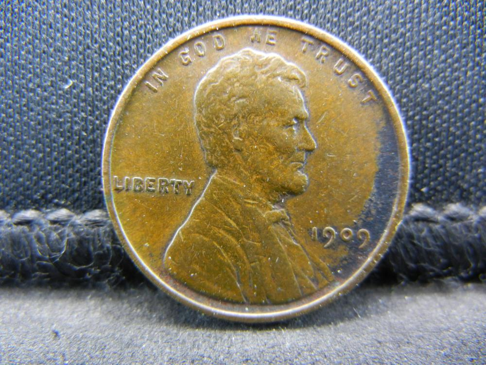 1909 V.D.B Wheat Cent. Nice Coin