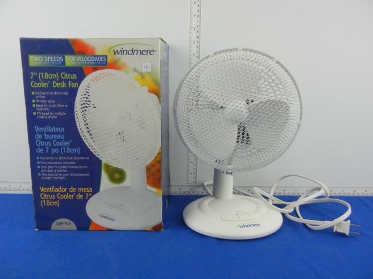 Windmere 7 Oscillating Fan : Windmere quot desk fan