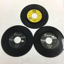 Beatles 45 Records - Tollie Label Love Me Do & Swan Label She Loves You x2
