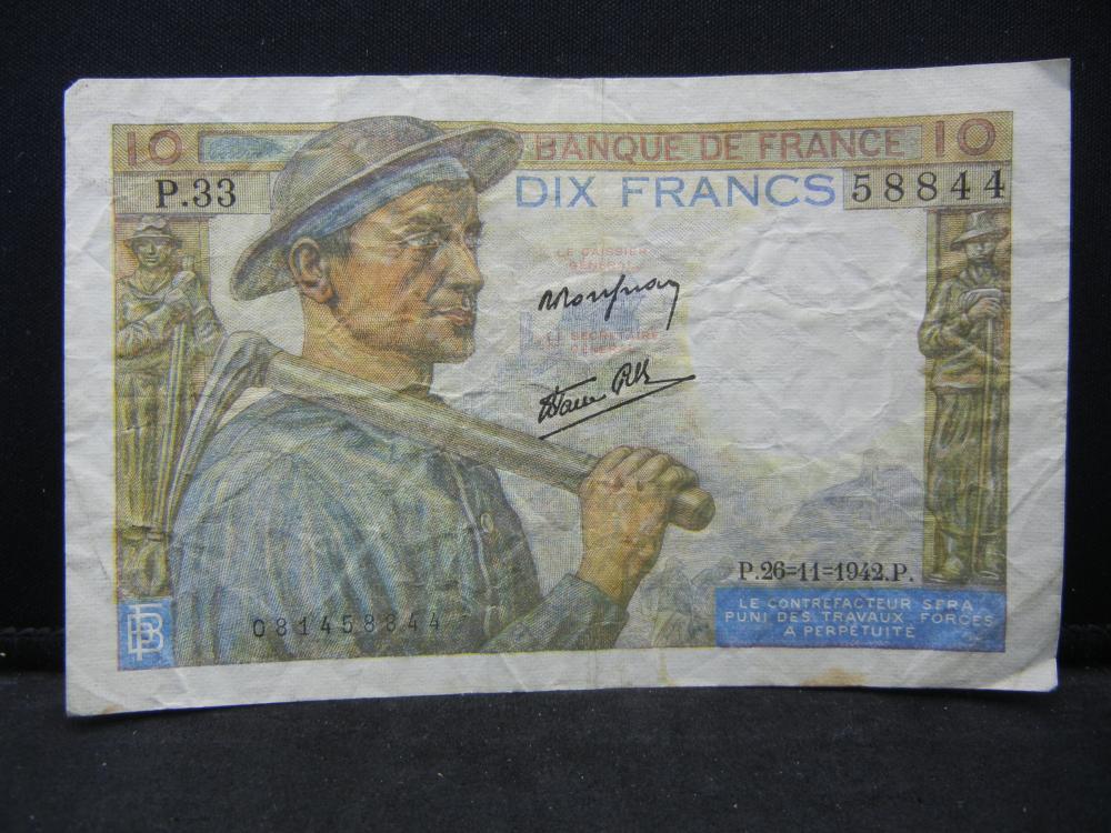 1942 France 10 Francs Bank Note.  Serial # P.33 58844