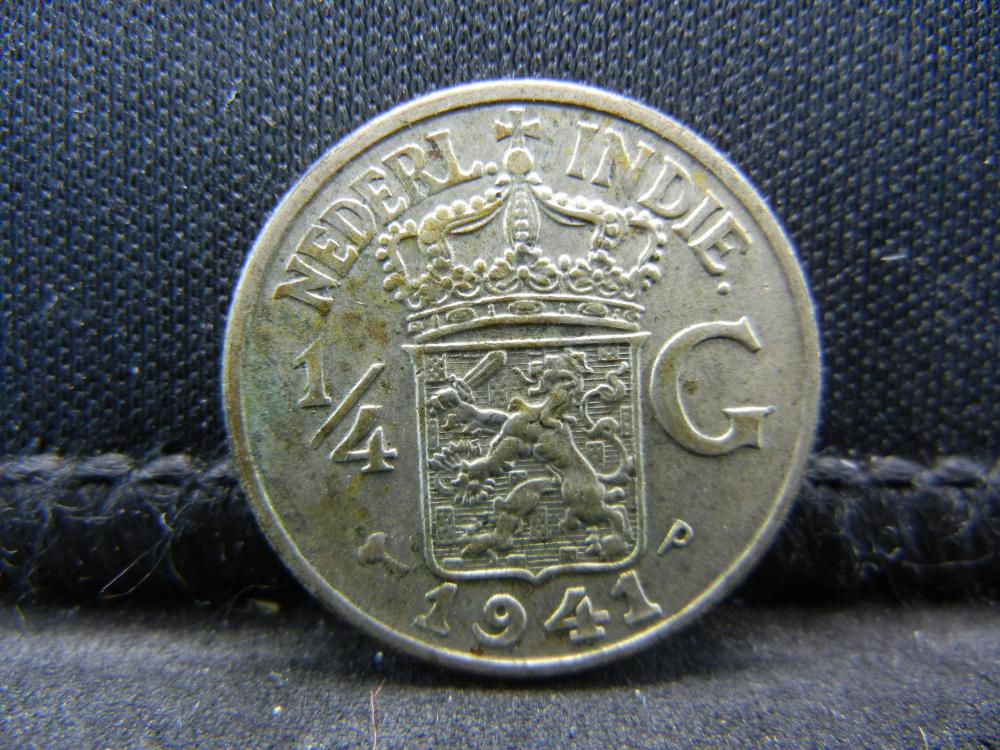 1941-P Netherland East Indies 1/4 Gulden 72% Silver Coin.  Weighs 0.10 Toz.