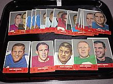1968 Topps Football Stand-Ups Lot of 26 - Don Meredith, Lamonica