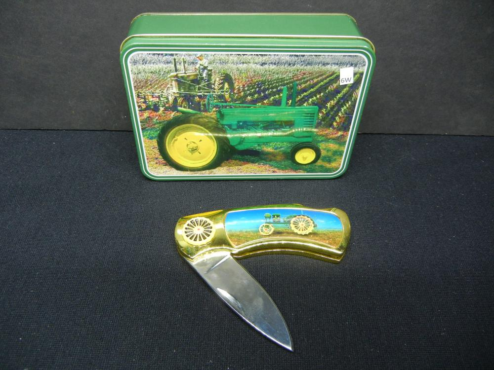 Collectors Knife, with Tractor Case