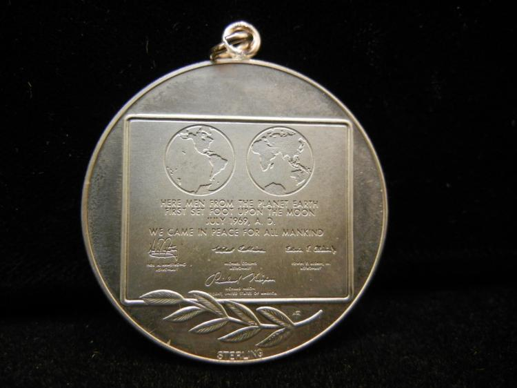 neil armstrong medals - photo #20
