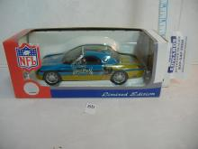White Rose Collectibles 2002 Ford Thunderbird 1:24 Scale Hardtop Jacksonville Jaguars  NIB