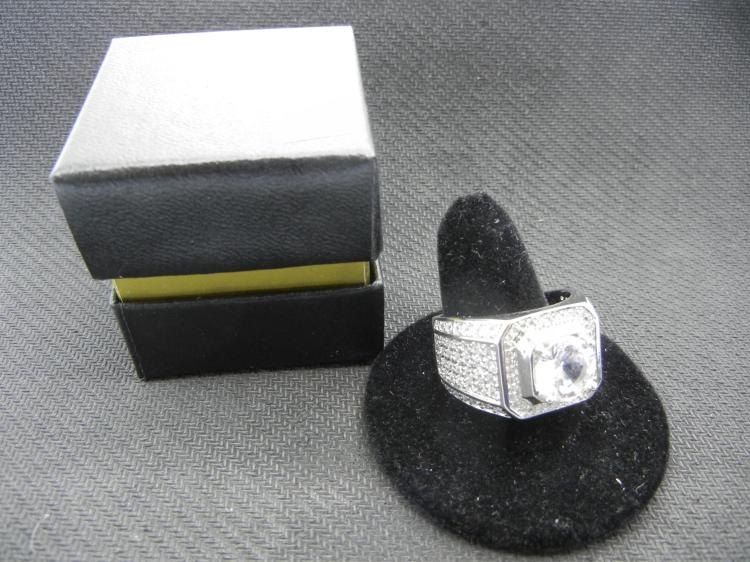 Sterling Silver Men's Ring w/Many Clear Gems Size 12