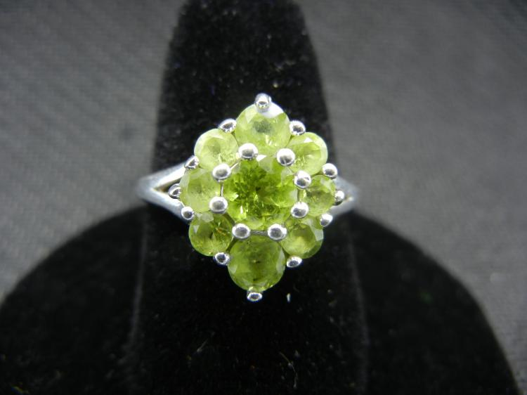 Sterling Silver Ring w/Multiple Green Gems Size 8