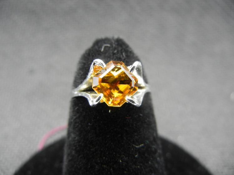 Sterling Silver Ring w/Orange Gem Size 4