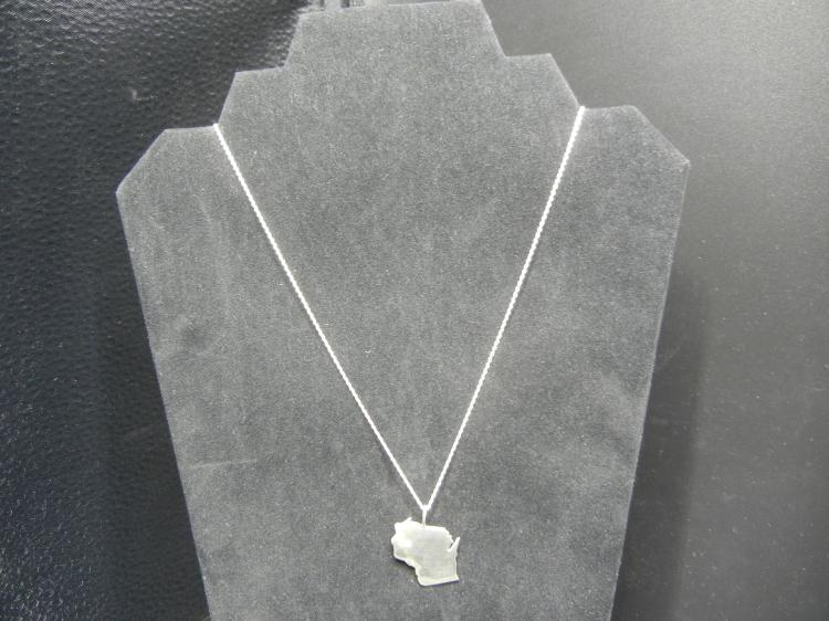 Sterling Silver Necklace w/Pendant
