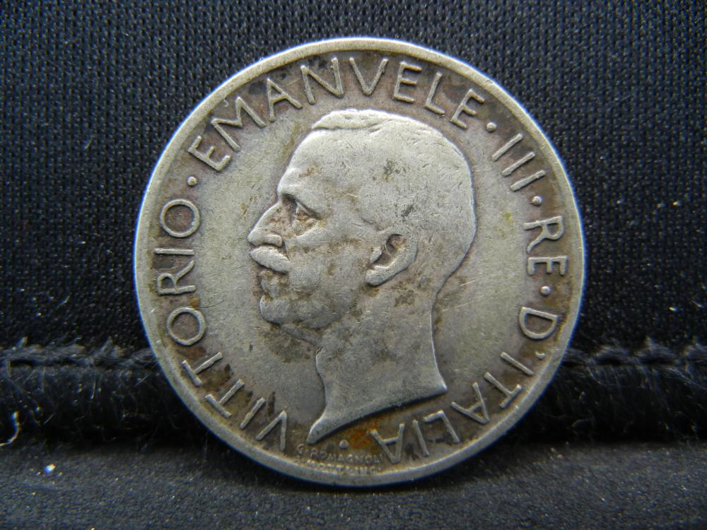 1929-R Italy 5 Lira 83.5% Silver Coin, Weighs 0.16 Troy Ounce.