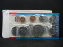 Lot 9K: 1974 United States 13 Coin Mint Set With Original Packaging.