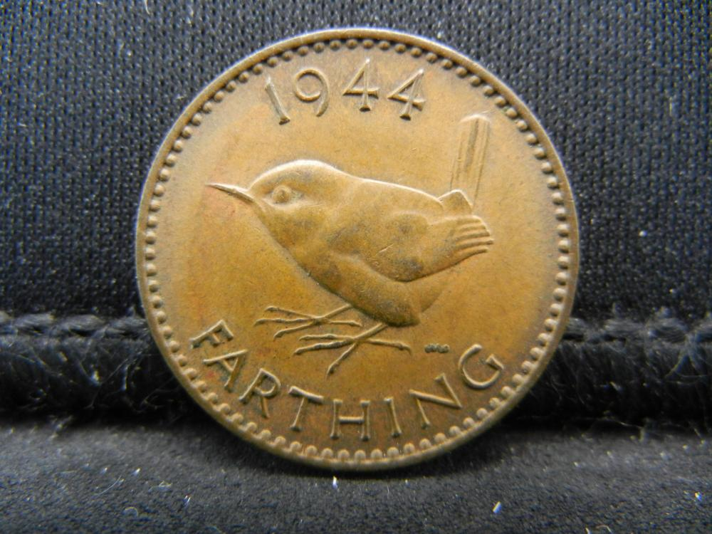 Lot 16K: 1944 Great Britain One Farthing.