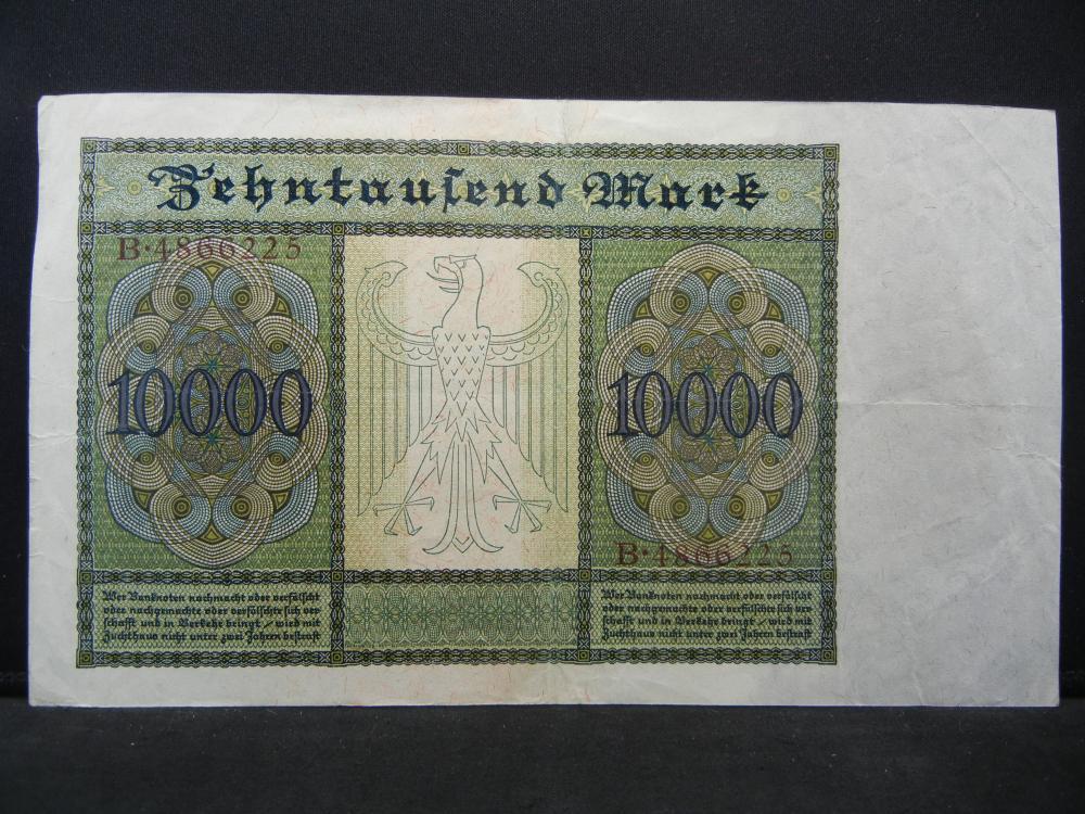 Lot 26K: 1922 Germany Weimarer Republik 10,000 Mark Reichsanknote, Serial # B 4866225