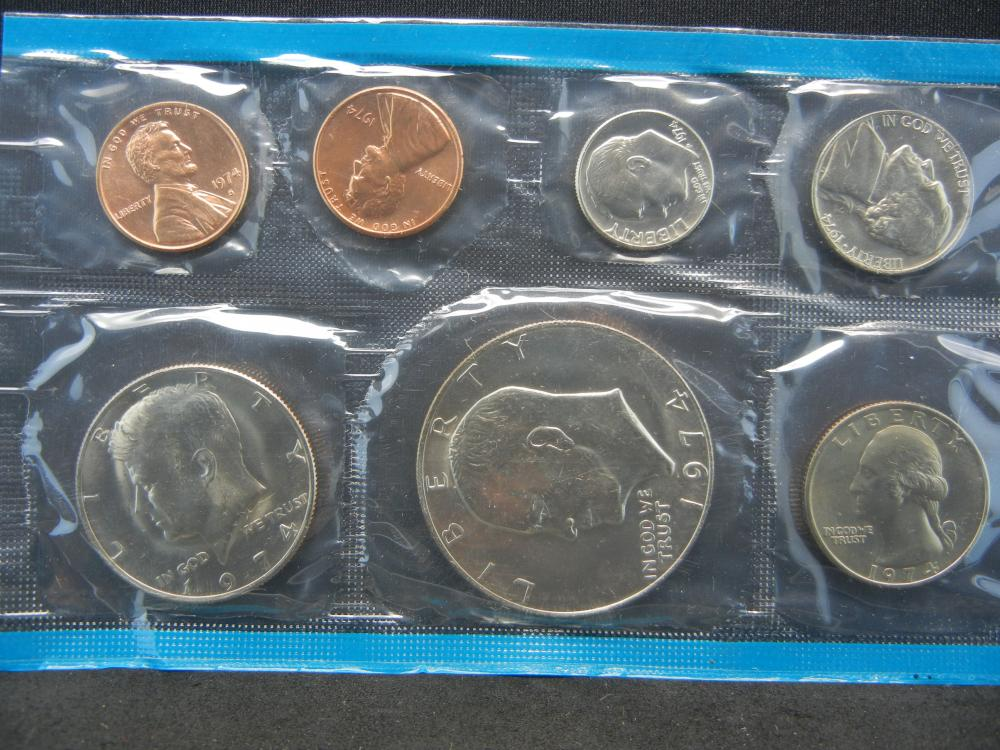 Lot 6N: 1974 13 Coin Mint Issued By The United States Mint With Original Packaging.