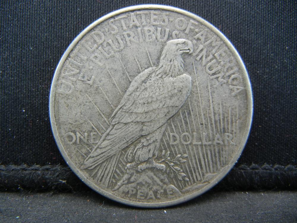 Lot 16B: 1924 Peace Dollar