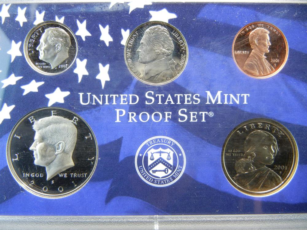 Lot 4: 2001-S US Clad Proof Set. In government package. Tough Sacajawea $1. GEM Proof.