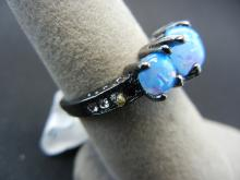 Lot 66C: WOMAN'S BLUE FIRE OPAL RING (SIZE 6), FASHION JEWELRY, INCLUDING GIFT BOX!