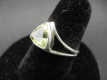 Lot 38A: Ladies Sterling Ring. Pale Yellow Citrine. Trillion cut. Size 7 ½.