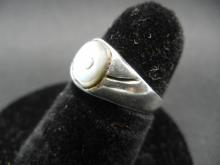 Lot 49Y: Lot of 8 Sterling Silver Rings