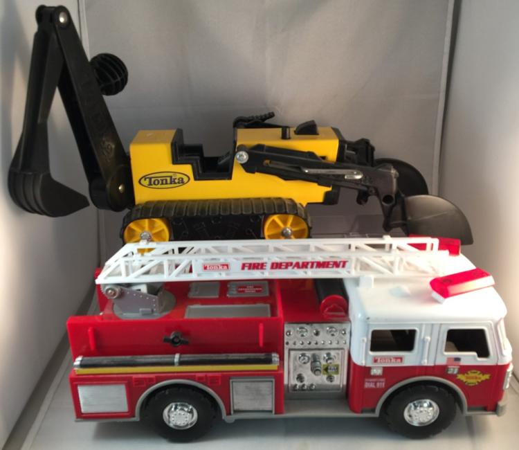 Toys For Trucks Greenville : Tonka backhoe dozer trencher fire truck