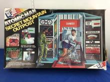SPORTS AUCTION - COMIC BOOKS - SPORTS CARDS  - TOYS & MEMORABILIA