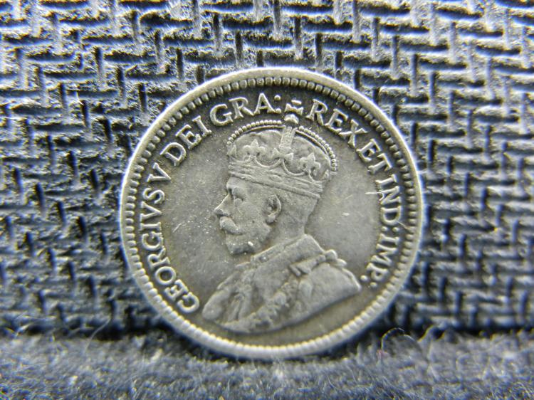 1917 Canadian 5 Cents - 92.5% Silver