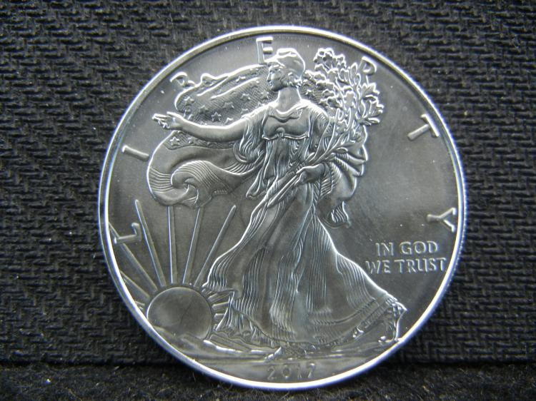 2017 UNC American Silver Eagle One Ounce .999 Fine Silver in Case