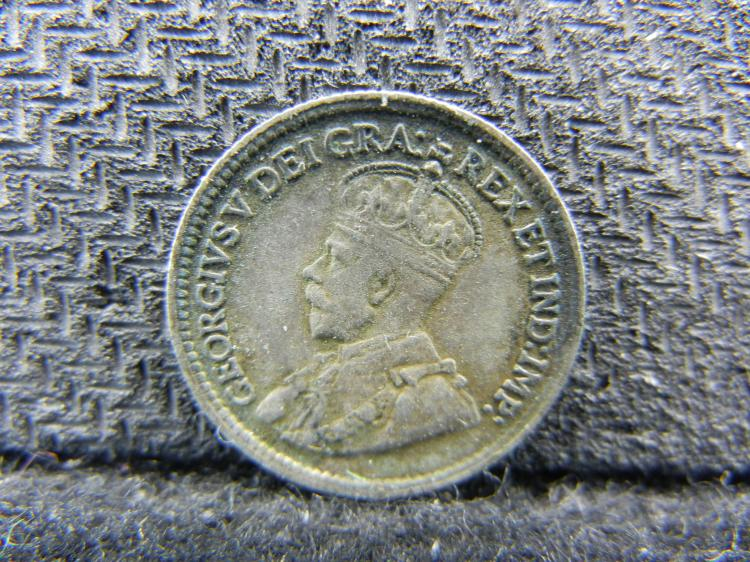 1919 Canadian 5 Cents - 92.5% Silver