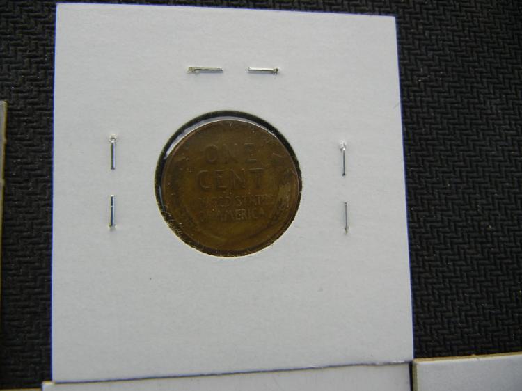 WHEAT PENNY LOT INCLUDES 1920-D, 1912-D, 1916-D, 1935, 1930, 1915-D