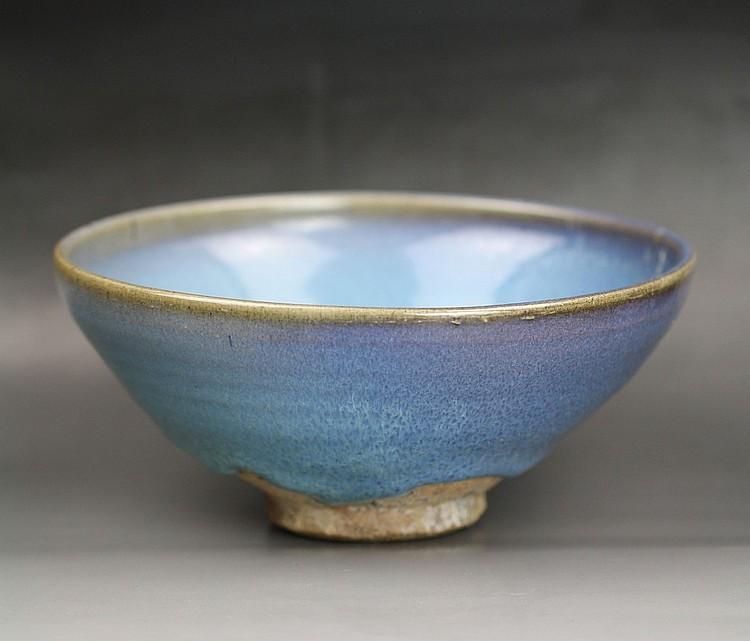 A Purple-Splashed Jun-Type Bowl