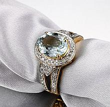 14k Yellow Gold 3.55ct Aquamarine and Diamond Ring