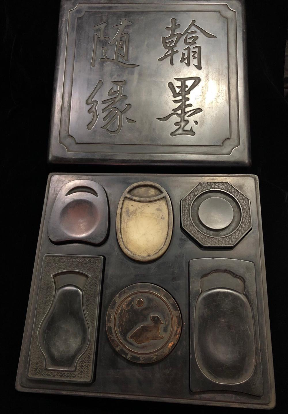A SET OF EIGHT POETRY CARVED INK SLABS WITH MARK INCLUDING SIX VARIOUS TYPES OF STONE