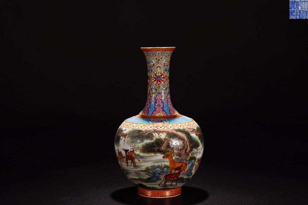 A QIANLONG MARK ENAMELED VASE