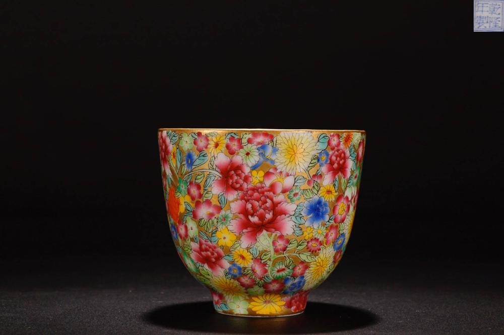 A QIANLONG MARK FAMILLE ROSE BOWL