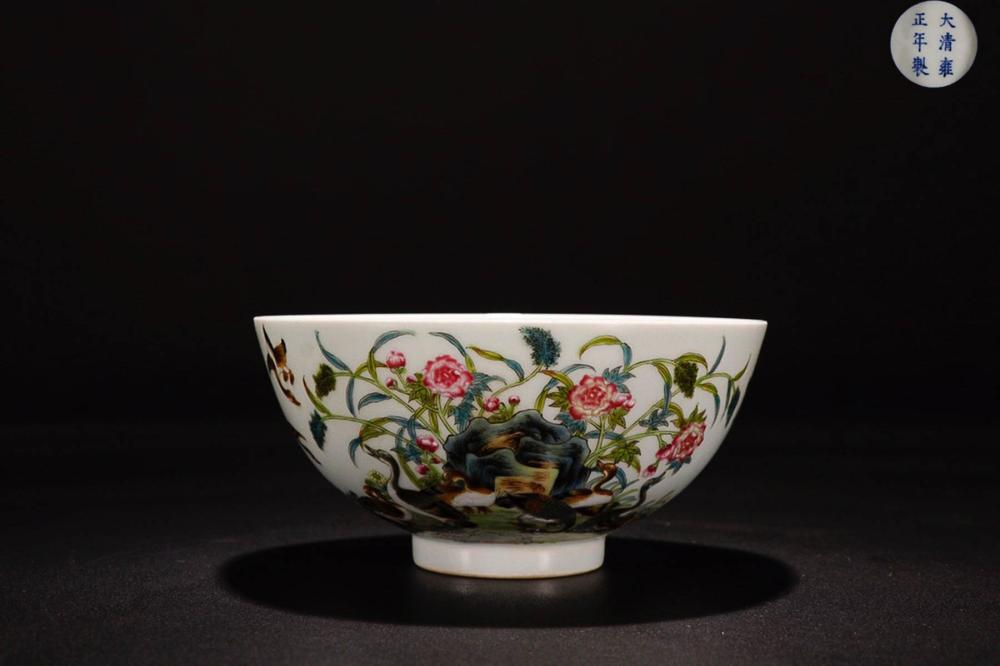 A YONGZHENG MARK FAMILLE ROSE FLOWER BIRD PAINTED BOWL