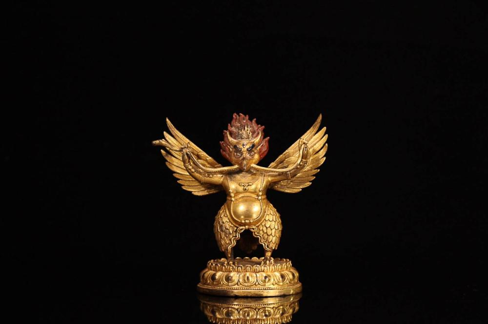 A GILT BRONZE BIRD  STATUE ORNAMENT