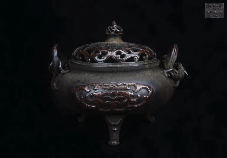 A COPPER GILT RELIEVO CENSER DAMINGXUANDE