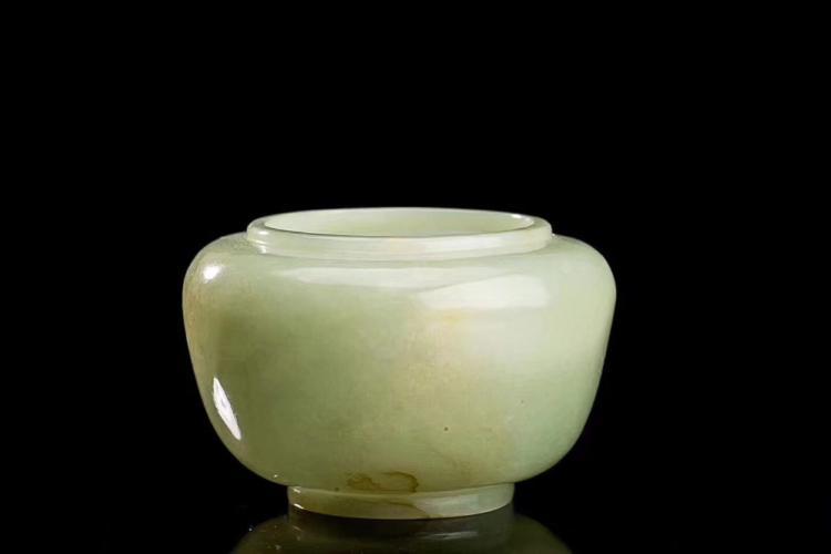 A HETIAN LIGHT GREENISH WHITE JADE WATER POT