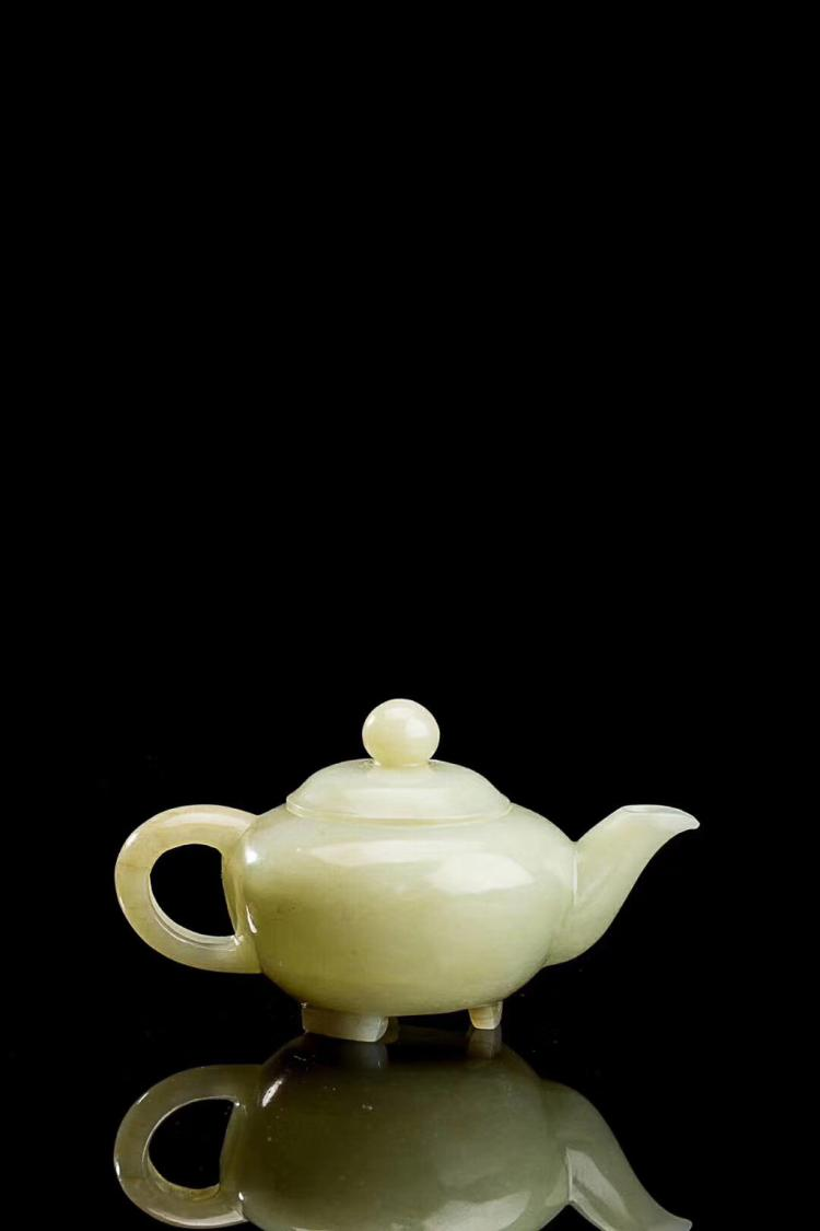 A HETIAN LIGHT GREENISH WHITE JADE TEAPOT